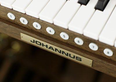 JOHANNUS D-470_DETAIL_1