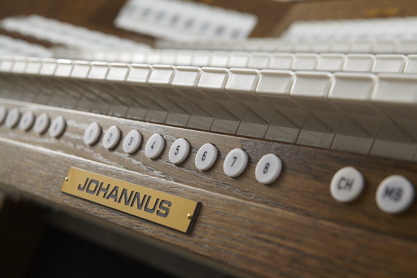 JOHANNUS VIVIALDI 370 DETAILS 0032