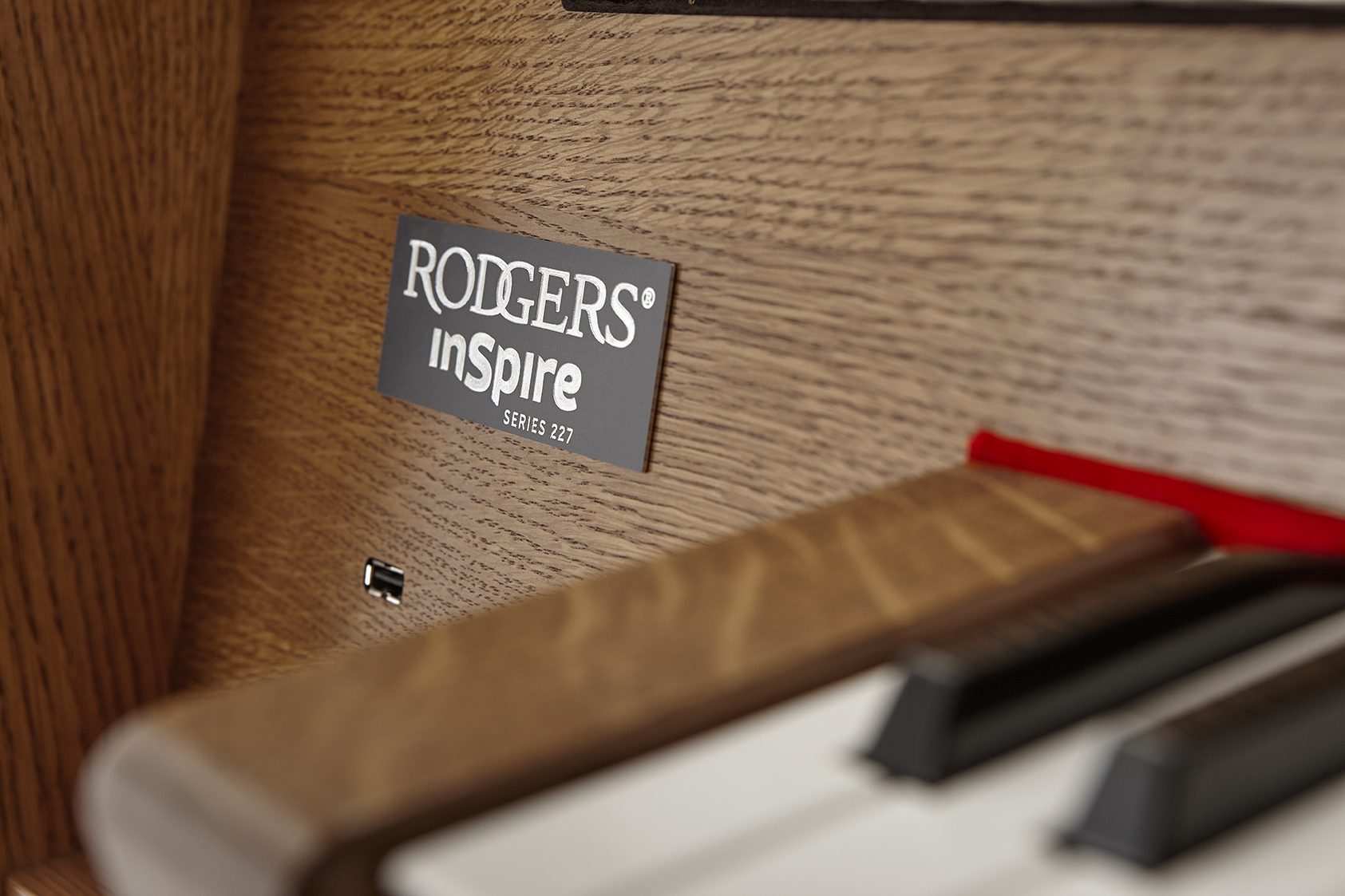 RODGERS_INSPIRE_SR227_DETAIL_2
